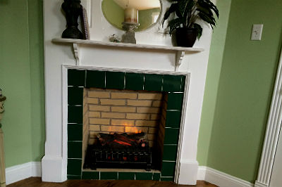 Picture of a fireplace.